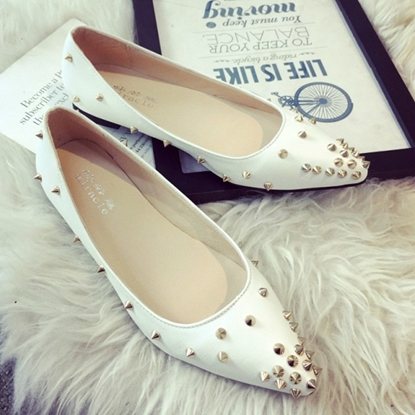 Picture of European hot rivet point flat shallow mouth leather women's shoe