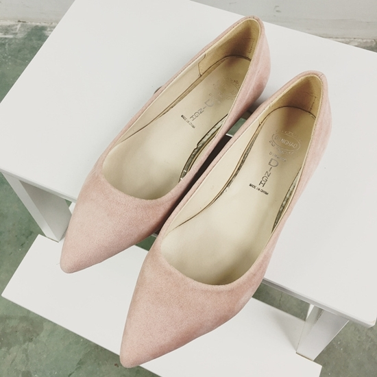 Picture of Europe pointed flat shoes simple suede nubuck leather shoes shoes with flat shallow mouth